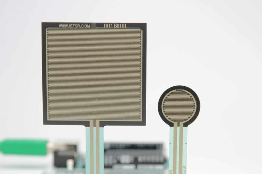 FSR (Force Sensitive Resistor)