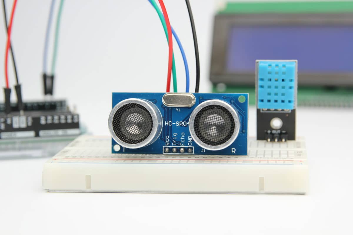How to use a HC-SR04 Ultrasonic Distance Sensor with Arduino